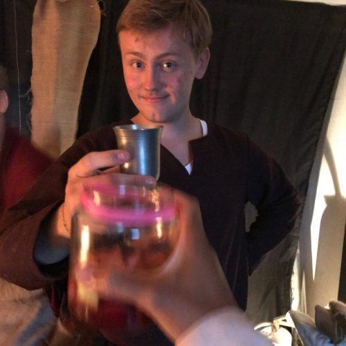 0.-Isacs-18årsfest-Vikingstema-lisfest.se_-e1535101988242